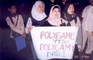 Isu poligami memang tidak pernah ada habisnya dec8f68714